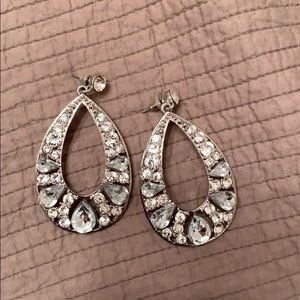 Large rhinestones earrings